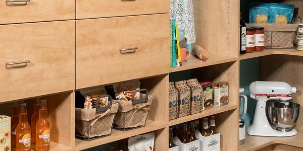 Secret pantry with modern design and adjustable shelves